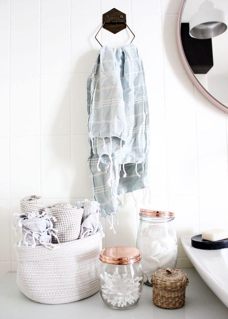 Medium Size of Mein Bad Voller Diys 1 Fliesen Streichen Oh A Room Bodenfliesen Küche Wohnzimmer Bodenfliesen Streichen