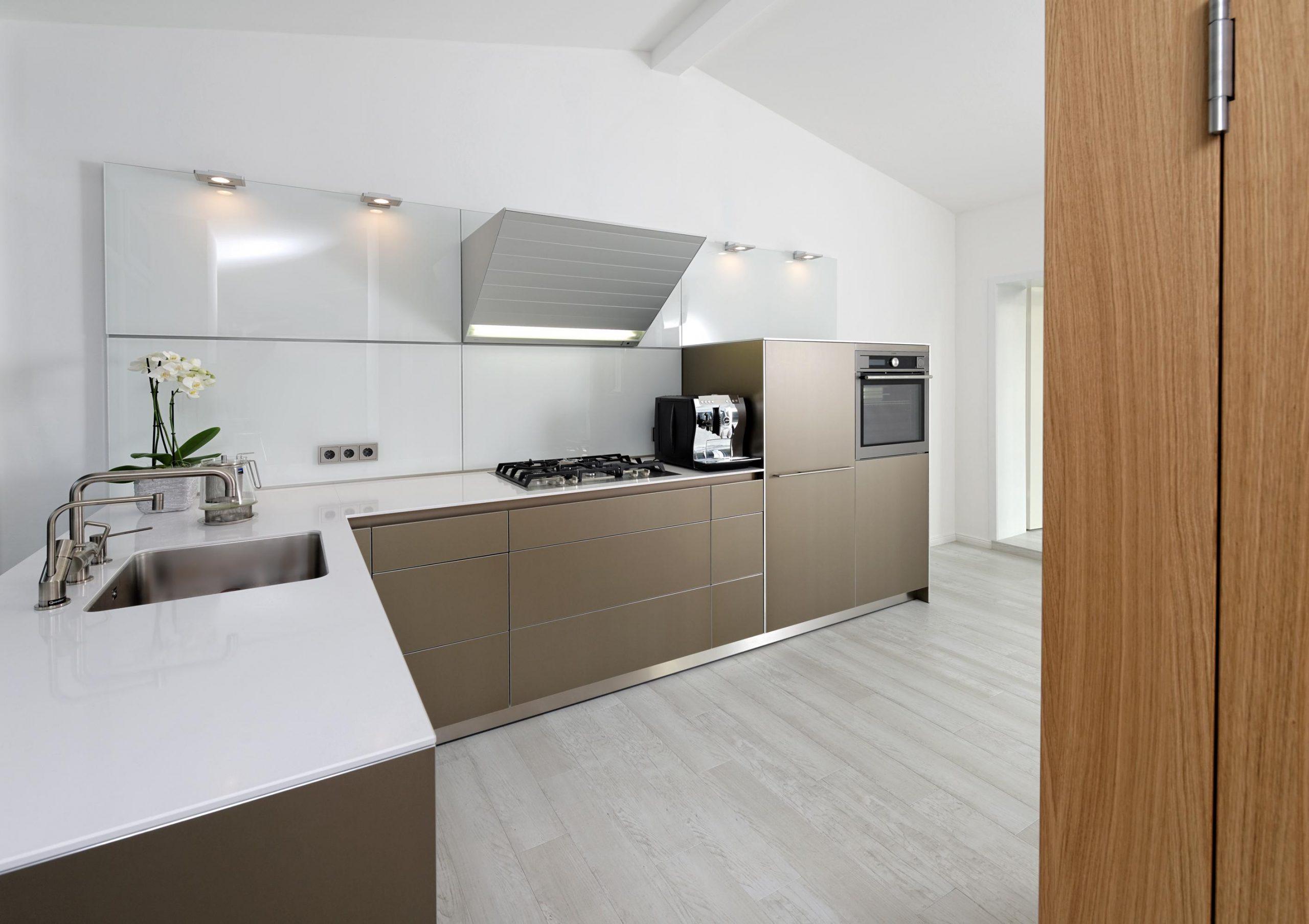 Full Size of Küchen Ideen L Form Kche Bilder Couch Bad Renovieren Regal Wohnzimmer Tapeten Wohnzimmer Küchen Ideen