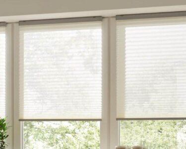 Plissee Kinderzimmer Kinderzimmer Plissee Kinderzimmer Rollo Von Warema Schtzt Vor Sonne Und Neugierigen Blicken Fenster Sofa Regale Regal Weiß