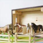 Kinderzimmer Pferd Kinderzimmer Kinderzimmer Pferd Pferde Spielmbel Und Deko Fr Pferdefans Sofa Regal Regale Weiß