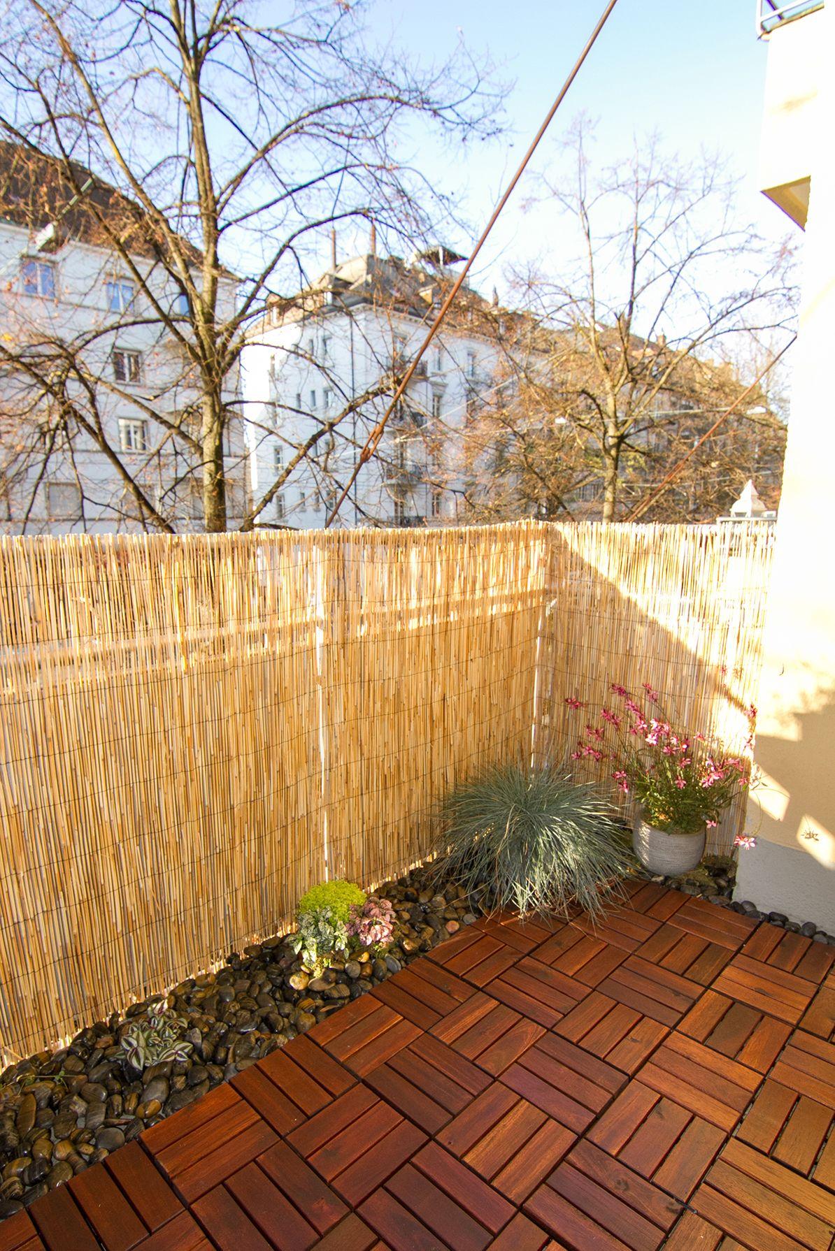 Full Size of Balkon Sichtschutz Bambus Ikea Balcony Diy In Progress Little Garden With Black And Terra Küche Kaufen Kosten Sichtschutzfolie Für Fenster Modulküche Bett Wohnzimmer Balkon Sichtschutz Bambus Ikea