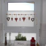 Tolle Fensterdeko Am Kchenfenster Und Dazu Passende Plissees Gardinen Schlafzimmer Fenster Wohnzimmer Scheibengardinen Küche Für Die Wohnzimmer Gardinen Küchenfenster