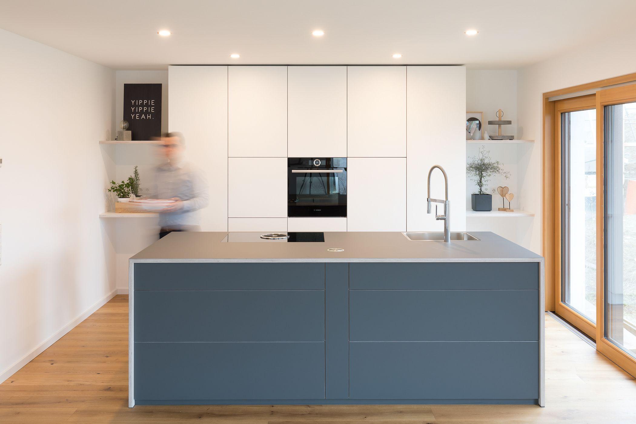 Full Size of Kcheninsel Kochinsel Grau Designerkche Design Modern Wohnzimmer Kücheninsel