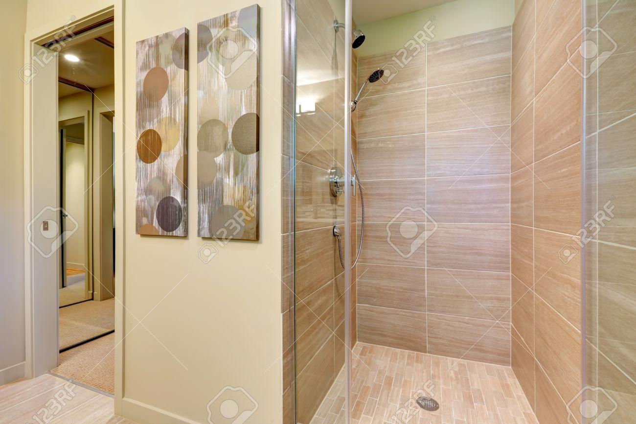 Full Size of Duschen Fliesen Gefliest Ebenerdig Begehbare Gemauert Dusche Kleine Ohne Esstische Sprinz Bett 180x200 Wohnzimmer Schulte Hüppe Kaufen Landhausküche Dusche Moderne Duschen