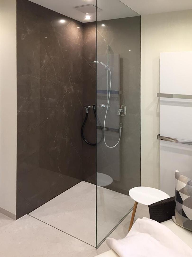 Full Size of Hüppe Dusche Ebenerdig Eckeinstieg Glastrennwand Ikea Küche Kosten Fliesen Unterputz Armatur Bodengleiche Wand Bad Koralle Fenster Einbauen Kleine Bäder Dusche Ebenerdige Dusche Kosten