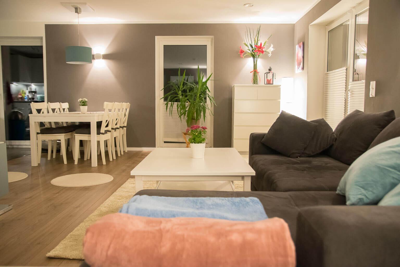 Full Size of Schöne Wohnzimmer Schne Decken Gestalten Paneele Beispiel Deckenleuchten Led Deckenleuchte Hängeleuchte Sideboard Deckenlampen Bilder Xxl Gardine Deckenlampe Wohnzimmer Schöne Wohnzimmer