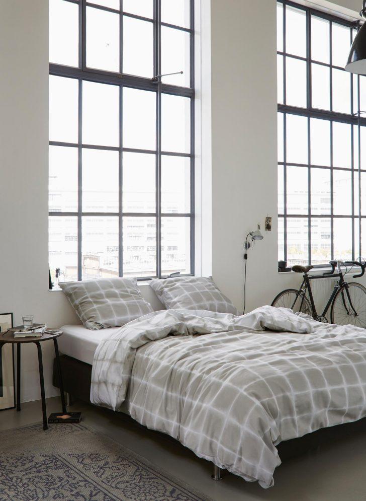 Medium Size of Schlafzimmer Gestalten Ruhige Einrichtungsideen Teppich Deckenleuchte Modern Komplett Mit Lattenrost Und Matratze Kommoden Kommode Set Weiss Wiemann Eckschrank Wohnzimmer Schlafzimmer Gestalten