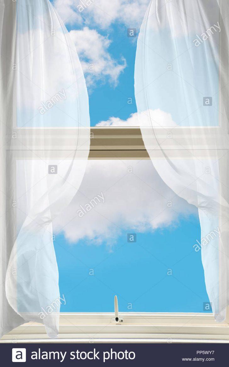 Medium Size of Gardinen Fenster Scheibengardinen Küche Dachschräge Alarmanlage Schüco Online Weihnachtsbeleuchtung Velux Rollo Kaufen Bremen Teleskopstange Schräge Wohnzimmer Gardinen Fenster