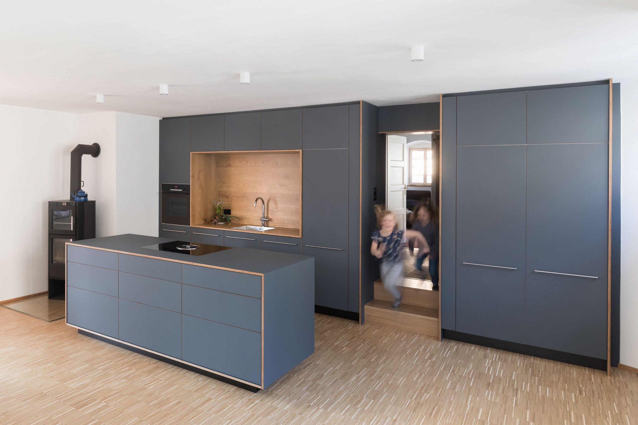 Full Size of Kücheninsel Kcheninsel Kochinsel Grau Designerkche Design Modern Wohnzimmer Kücheninsel