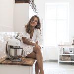 Aufbewahrung Küche Wohnzimmer Günstige Küche Mit E Geräten Deckenleuchten Vorratsdosen Rolladenschrank Abfallbehälter Hängeschrank Wandtattoos Einbauküche Weiss Hochglanz Rustikal
