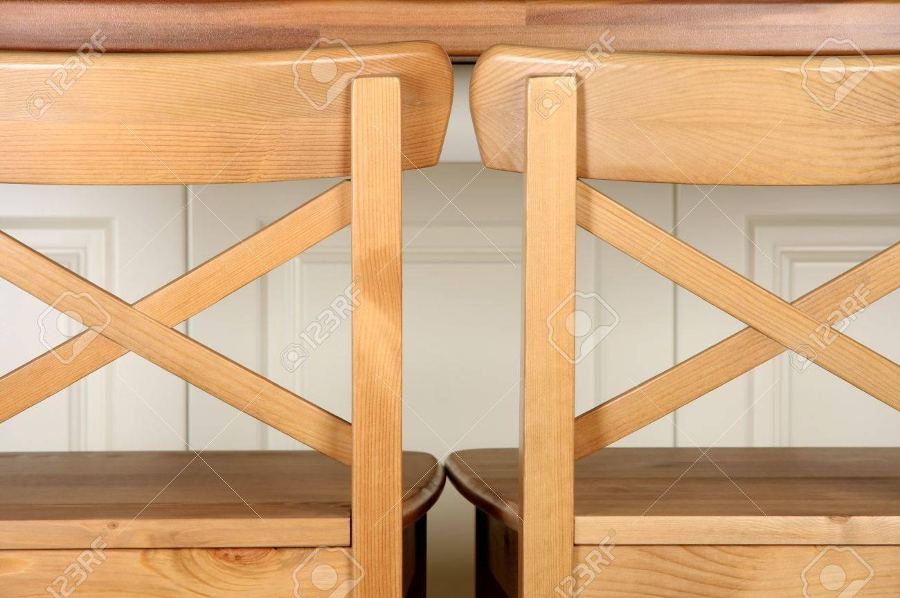 Full Size of Küchentheke Holz Barhocker Und Kchentheke Erschossen Lizenzfreie Wohnzimmer Küchentheke