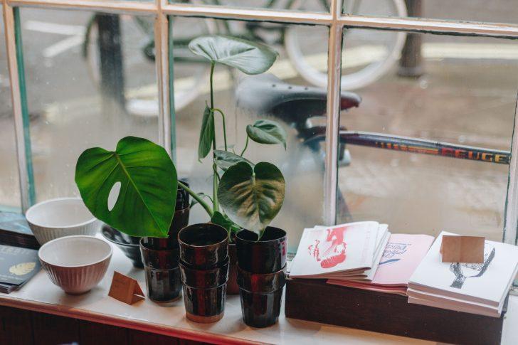 Medium Size of Fensterbank Deko Mit Diesen Dekoideen Wirds Heimelig Wohnklamotte Badezimmer Wohnzimmer Dekoration Für Küche Wanddeko Schlafzimmer Wohnzimmer Deko Fensterbank