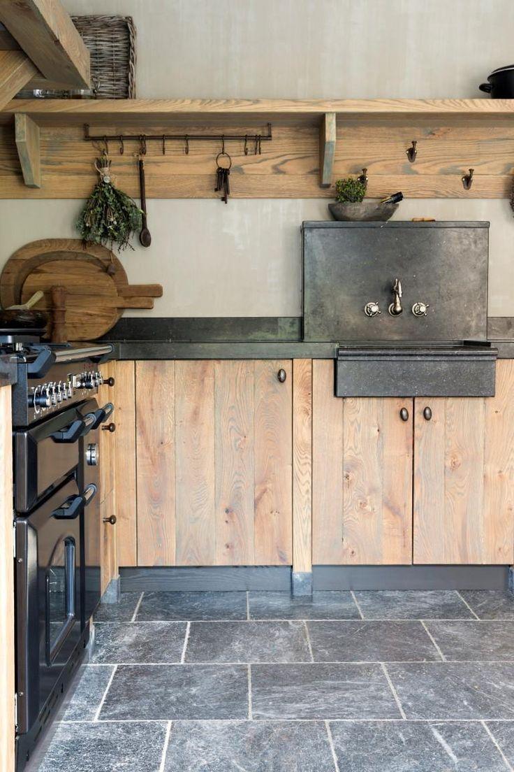 Full Size of Holzküchen Lndliche Holzkchen Eichenkchen Landhauss Wohnzimmer Holzküchen