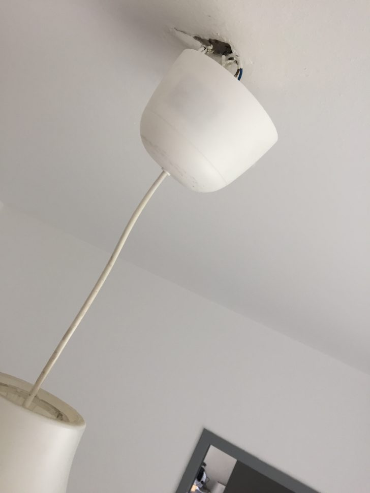 Medium Size of Wie Bekomme Ich Den Baldachin Bndig An Decke Wer Weiss Wasde Betten Ikea 160x200 Küche Kosten Deckenlampen Wohnzimmer Modern Für Deckenlampe Modulküche Wohnzimmer Deckenlampe Ikea