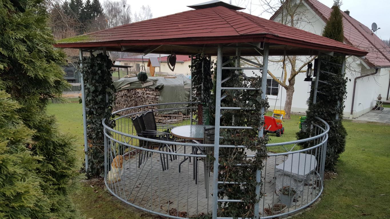 Full Size of Holz Pavillon Rund Geschlossen Metall 4 M 5m Ersatzdach Durchmesser Eisen Kaufen Pool 3 Aus Klein 4m Pavilions Rundes Bett Marokko Rundreise Und Baden Sofa Wohnzimmer Pavillon Rund