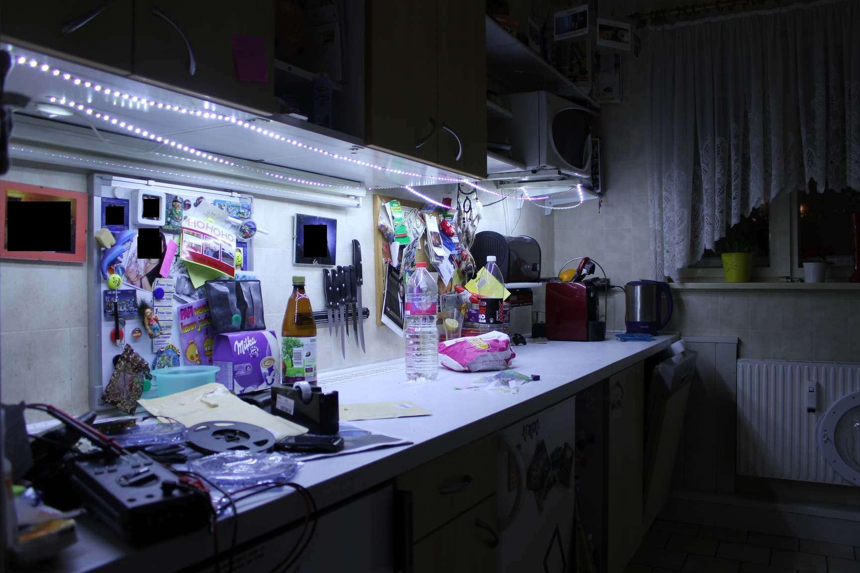 Full Size of Beleuchtung Küche Kche Led Doppelblock Pentryküche Tapeten Für Die Bodenfliesen Kreidetafel Kleiner Tisch Gardinen Pino Weisse Landhausküche Abfalleimer Wohnzimmer Beleuchtung Küche