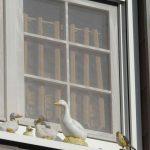 Deko Fensterbank Wohnzimmer Deko Fensterbank Gefhrliches Stck Aus Dem Dritten Stock Holzfigur Strzt Wanddeko Küche Für Wohnzimmer Dekoration Schlafzimmer Badezimmer