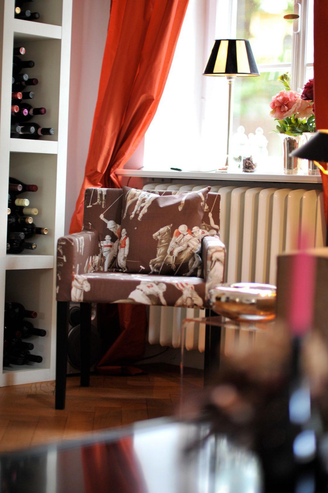 Large Size of Gemusterter Sessel Fr Das Wohnzimmer Stuhl Sesse Hängeschrank Decke Led Lampen Board Landhausstil Anbauwand Beleuchtung Ikea Miniküche Betten Bei Wohnzimmer Gardinen Wohnzimmer Ikea