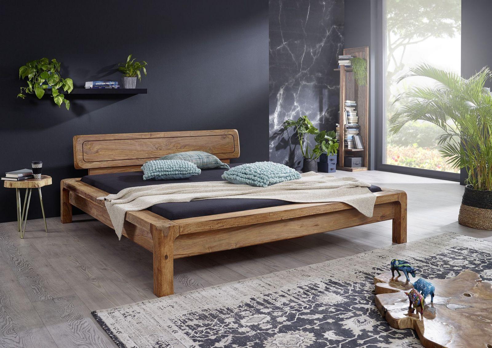 Full Size of Bett Modern Eiche Leader Beyond Better Sleep Pillow Design 180x200 Betten Holz 120x200 Italienisches Puristisch Kaufen 140x200 160x200 Mit Lattenrost Und Wohnzimmer Bett Modern