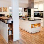 Küche Mit Bar Wohnzimmer Teppich Küche Esstisch Rund Mit Stühlen Bett Ausziehbett Ausziehbar Günstig Elektrogeräten Granitplatten Landhausstil Bodenbelag Theke Armaturen
