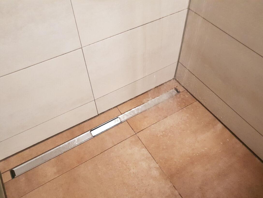 Large Size of Ebenerdige Dusche Abfluss Bodengleiche Ablauf Bluetooth Lautsprecher Badewanne Fliesen Für Grohe Thermostat Schiebetür Glastür Siphon Haltegriff 80x80 Dusche Abfluss Dusche