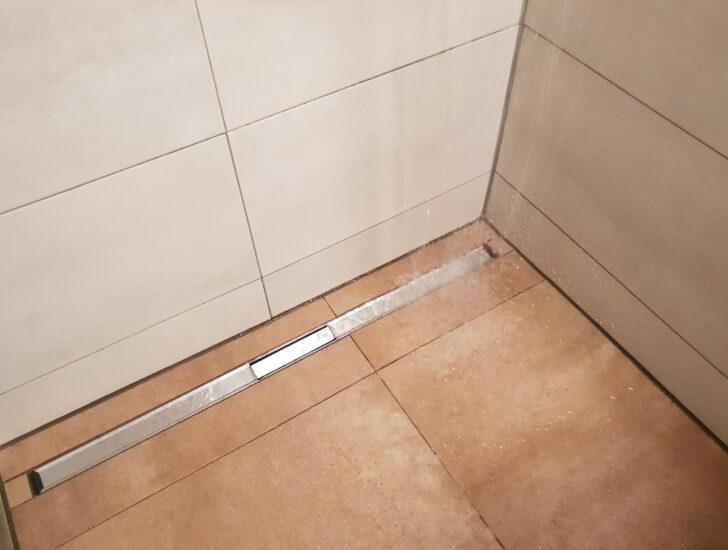 Medium Size of Ebenerdige Dusche Abfluss Bodengleiche Ablauf Bluetooth Lautsprecher Badewanne Fliesen Für Grohe Thermostat Schiebetür Glastür Siphon Haltegriff 80x80 Dusche Abfluss Dusche