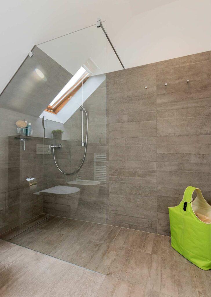 Medium Size of Badezimmer Dachschrge Grohe Thermostat Dusche Breuer Duschen Ebenerdig Begehbare Fliesen Bodengleiche Nachträglich Einbauen Hüppe Ohne Tür Sprinz Unterputz Dusche Begehbare Dusche