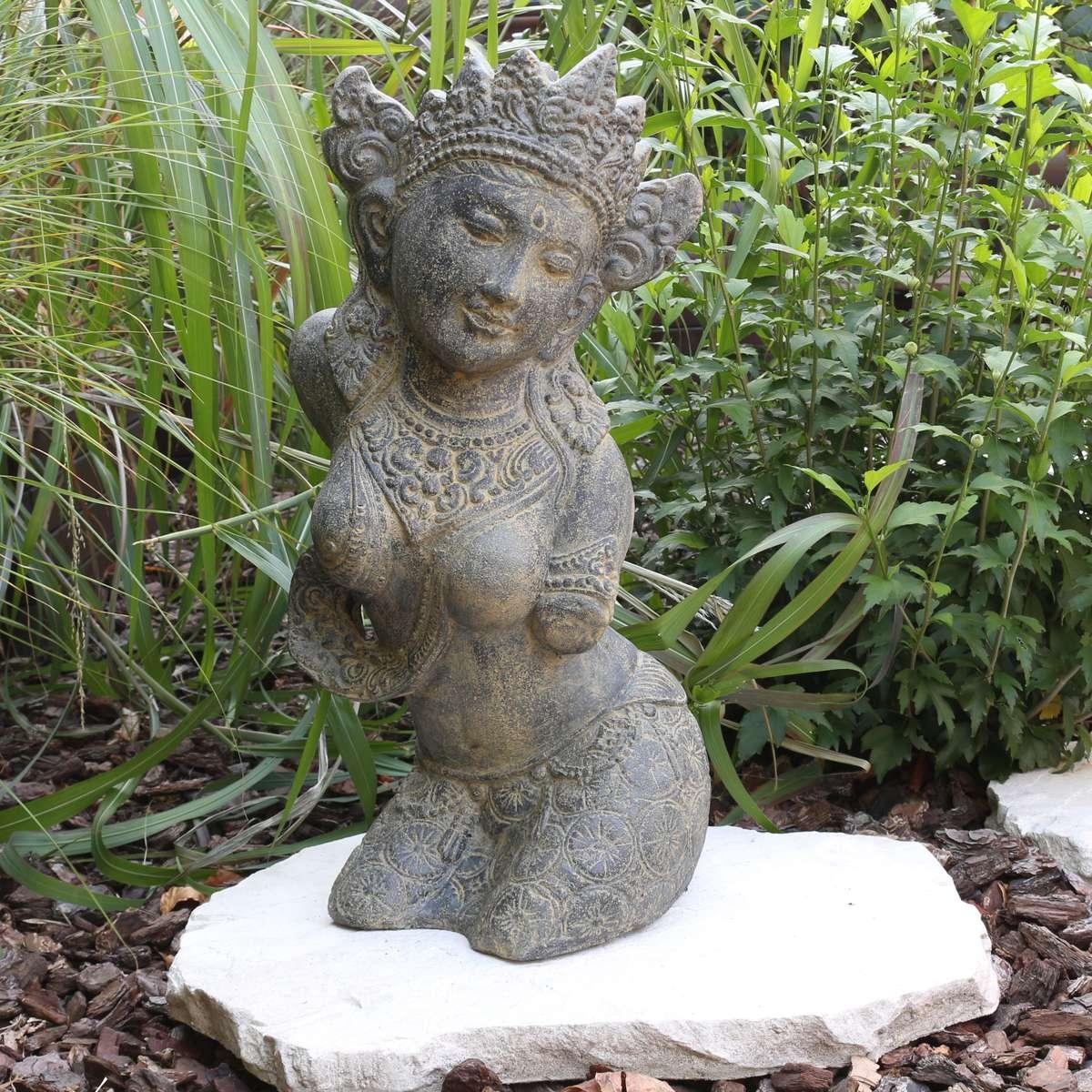Full Size of Skulpturen Für Den Garten Sita Figur Skulptur Stein Gott Buddha Statue Lavasand Bali Gerätehaus Loungemöbel Günstig Essgruppe Wickelbrett Bett Fliesen Wohnzimmer Skulpturen Für Den Garten
