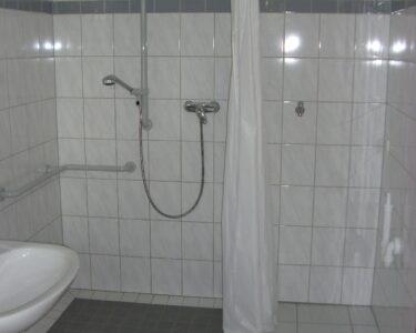 Ebenerdige Dusche Dusche Ebenerdige Dusche Und Waschmaschinenanschluss Haus Lebensform Eckeinstieg Walkin Hsk Duschen Begehbare Hüppe Barrierefreie Ohne Tür Kaufen Anal Haltegriff