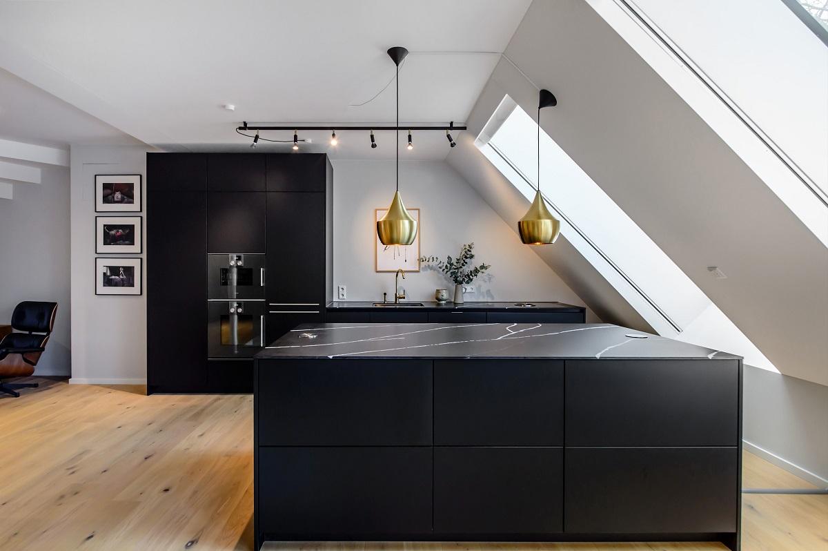 Full Size of Küchen Fotogalerie Mit Schwarzen Kchen Lassen Sie Sich Inspirieren Regal Wohnzimmer Küchen