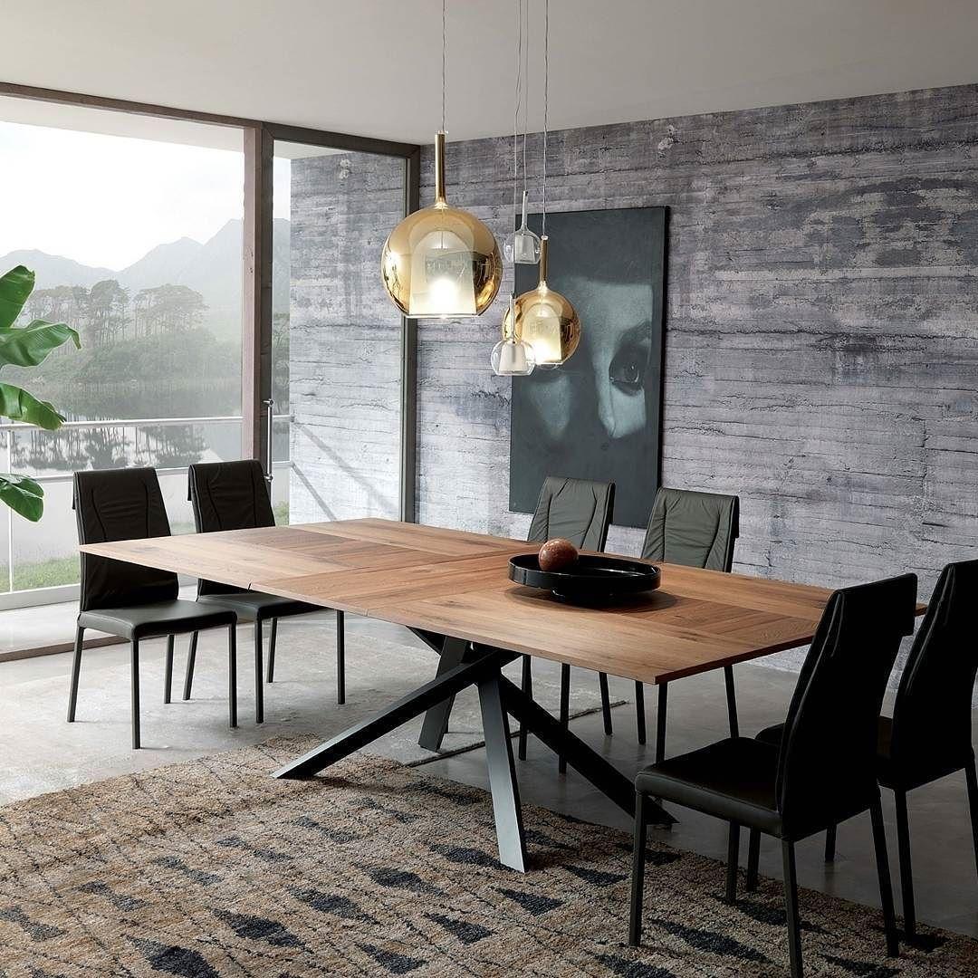 Full Size of Esstisch Modern Der Ozzio Tisch 4x4 Ist Ein Design Mit Besonderem Glas Ausziehbar Esstische Massiv Runder Holz Rustikal Stühlen Oval Weiß Skandinavisch Esstische Esstisch Modern