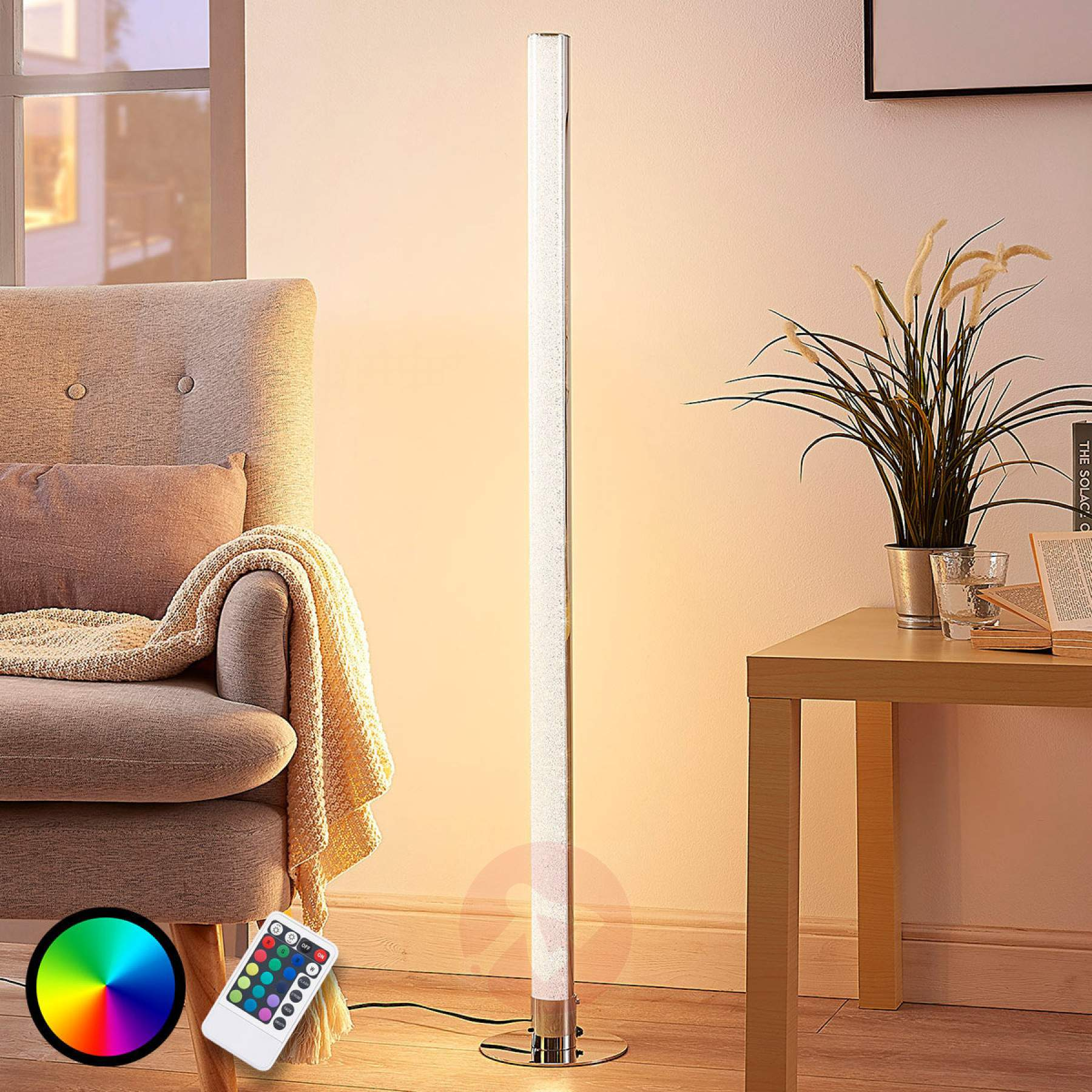 Full Size of Stehlampe Dimmbar Lngliche Led Rgb Hadis Wohnzimmer Schlafzimmer Stehlampen Wohnzimmer Stehlampe Dimmbar