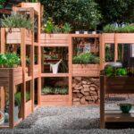 Hochbeet Und Sichtschutz In Einem Garten Für Sichtschutzfolie Fenster Im Einseitig Durchsichtig Sichtschutzfolien Holz Wpc Wohnzimmer Hochbeet Sichtschutz