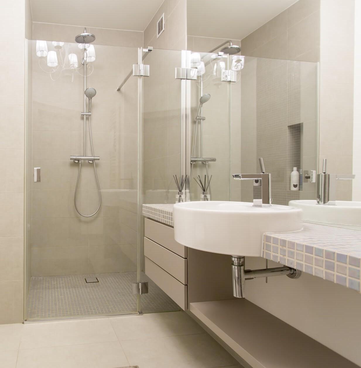 Full Size of Dusche Bodengleich Bodengleiche Duschen Bei Glasprofi24 Kaufen Rainshower Komplett Set Schulte Begehbare Wand Unterputz Armatur Antirutschmatte Ohne Tür Dusche Dusche Bodengleich
