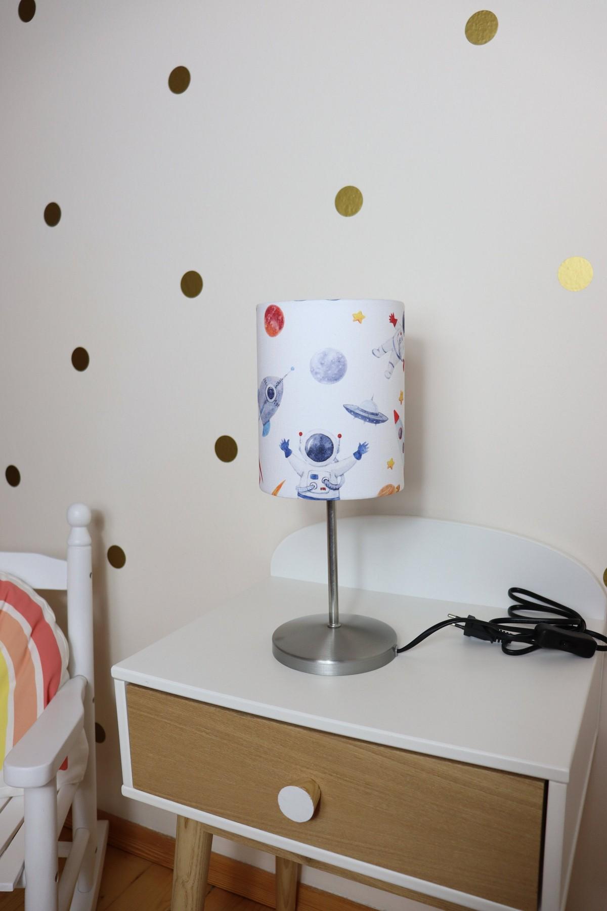 Full Size of Kinderzimmer Wanddeko Tikinderzimmer Deko Weltraum Kinderlampe Raketen Online Regal Weiß Küche Sofa Regale Kinderzimmer Kinderzimmer Wanddeko