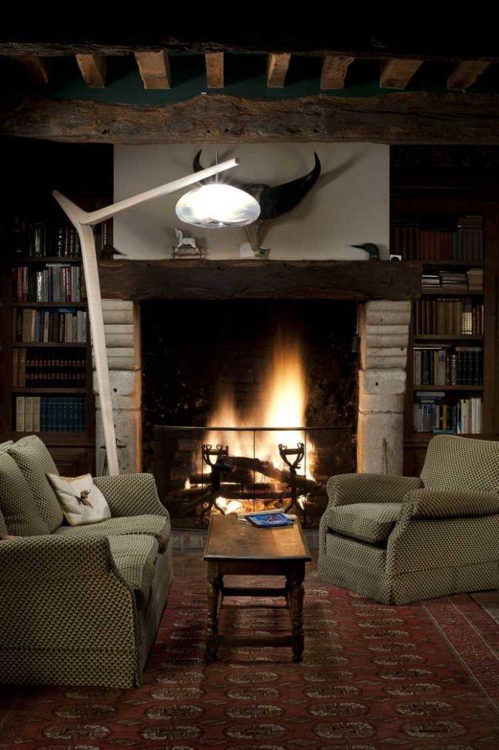 Medium Size of Eine Moderne Stehlampe Aus Holz Wirkt Elegant Und Warm Deckenleuchte Wohnzimmer Tapete Küche Modern Bilder Fürs Schlafzimmer Landhausküche Stehlampen Wohnzimmer Stehlampen Modern