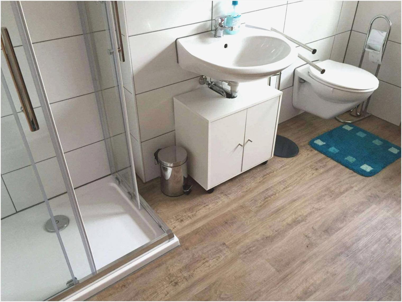 Full Size of Bodenfliesen Streichen Im Badezimmer Boden Ankleidezimmer Bad Küche Wohnzimmer Bodenfliesen Streichen