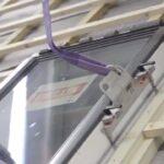Dachfenster Einbauen Wohnzimmer Dachfenster Einbauen Einfach Machen Mit Der Hebevorrichtung Fr Bodengleiche Dusche Nachträglich Fenster Rolladen Velux Kosten Neue