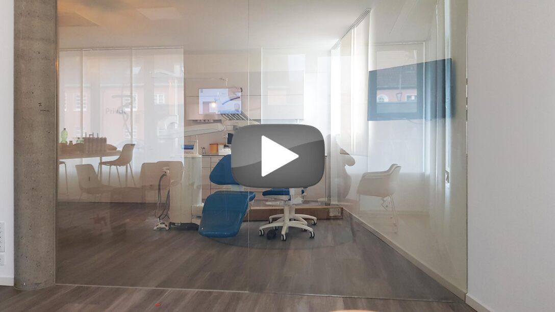Large Size of Referenzen Schaltbare Folie Cleverer Sichtschutz Fr Glas Und Plexi Wohnzimmer Fensterfolie Blickdicht
