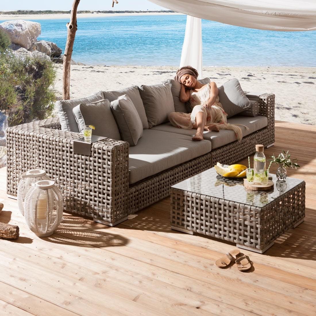 Full Size of Garten Loungemöbel Günstig Holz Wohnzimmer Outliv Loungemöbel