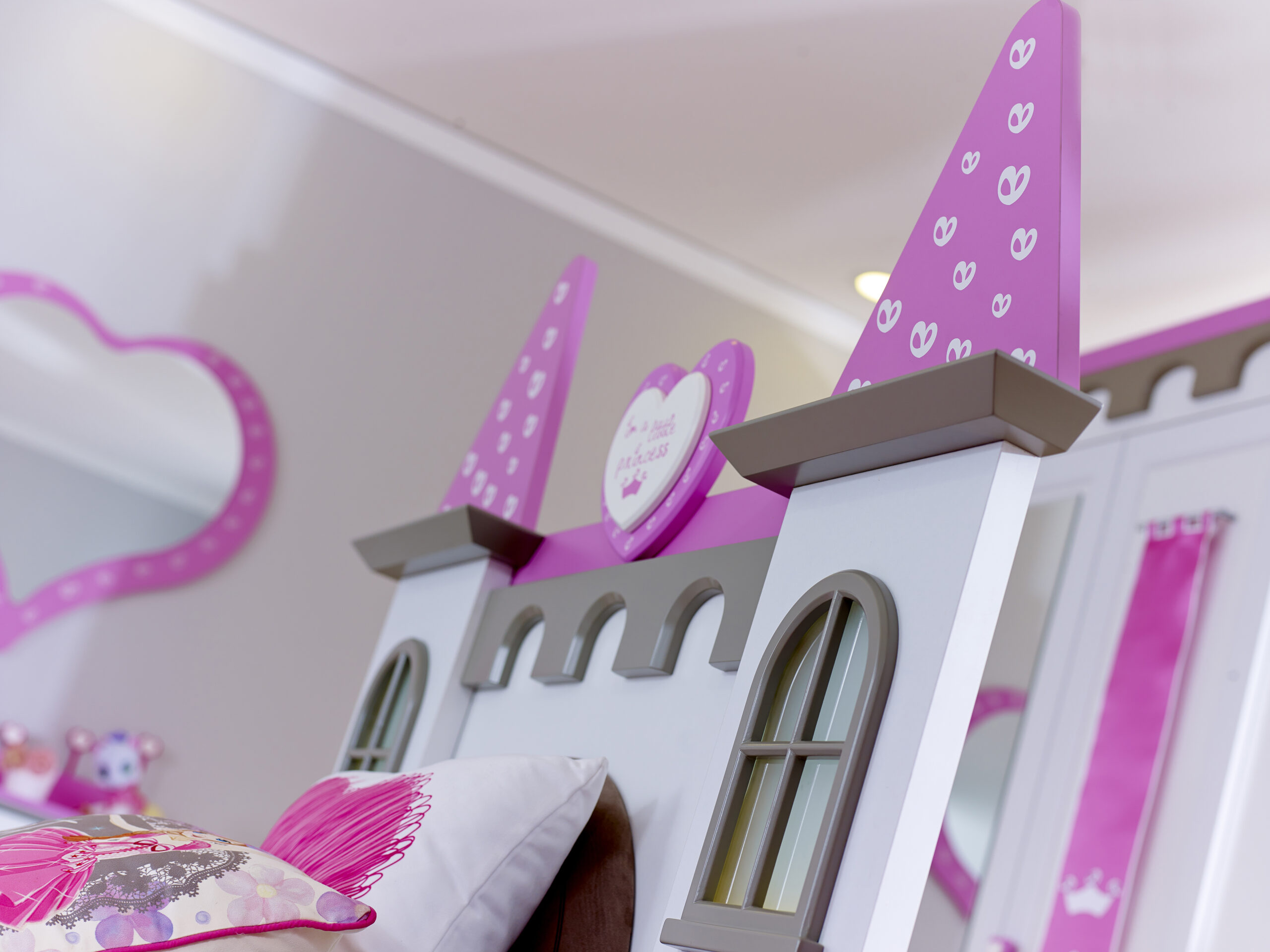 Full Size of Mädchenbetten Bett Kinderbett Mdchen Schloss Prinzessin Traumzimmer Wohnzimmer Mädchenbetten