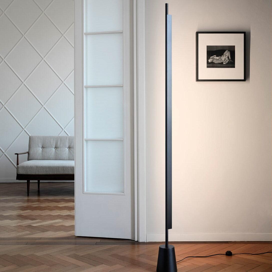 Large Size of Wohnzimmer Stehlampe Led D81 Compendium Stehleuchte Von Luceplan Schrankwand Echtleder Sofa Hängeleuchte Lederpflege Sideboard Deckenlampen Decke Wohnzimmer Wohnzimmer Stehlampe Led