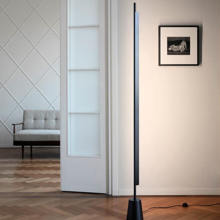 Medium Size of Wohnzimmer Stehlampe Led D81 Compendium Stehleuchte Von Luceplan Schrankwand Echtleder Sofa Hängeleuchte Lederpflege Sideboard Deckenlampen Decke Wohnzimmer Wohnzimmer Stehlampe Led