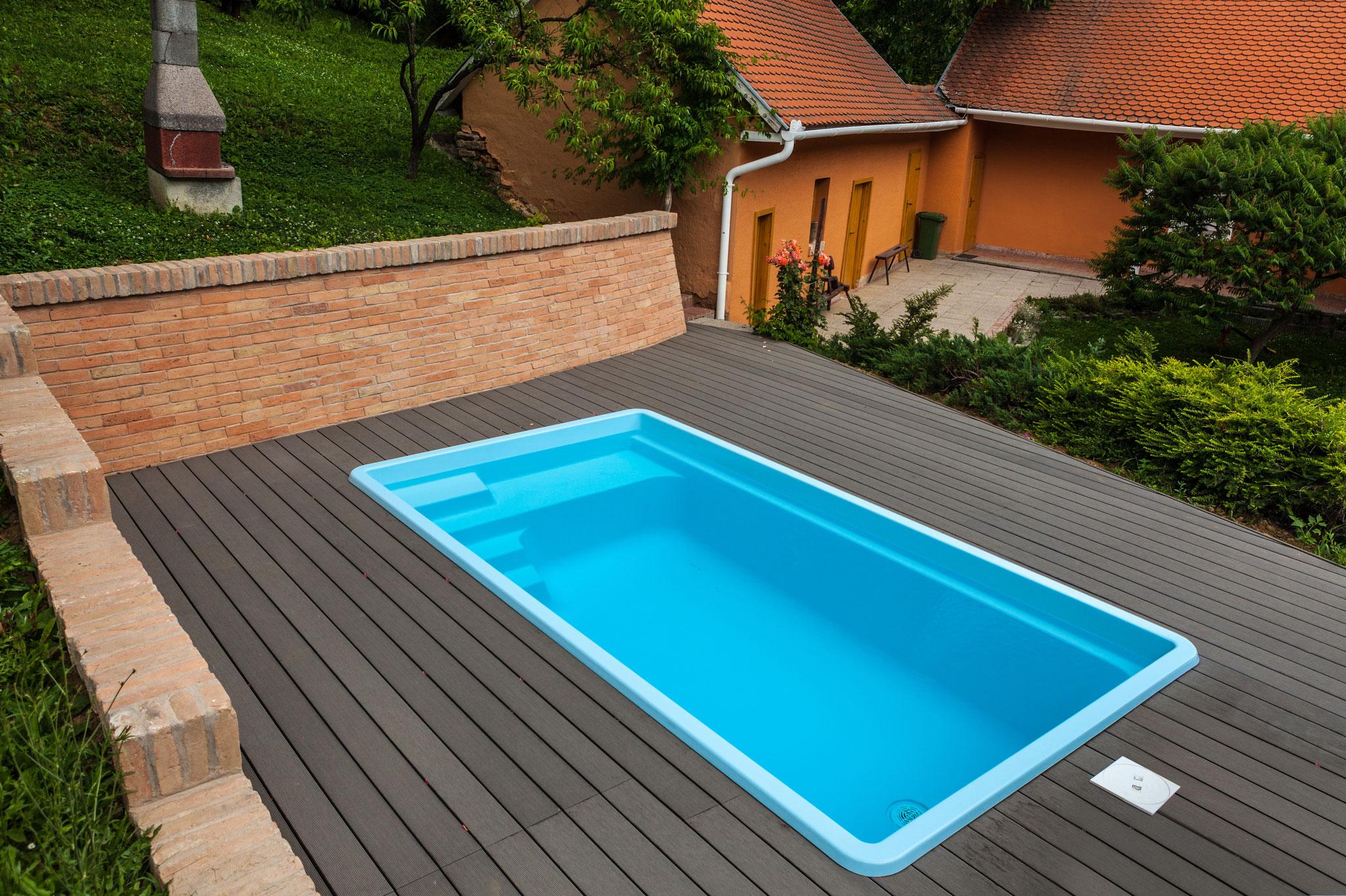 Full Size of Gfk Pool Rund 3 5m Kaufen Komplettset 350 4 M 6m Runde Fenster Swimmingpool Garten Sri Lanka Rundreise Und Baden Halbrundes Sofa Schwimmingpool Für Den Wohnzimmer Gfk Pool Rund