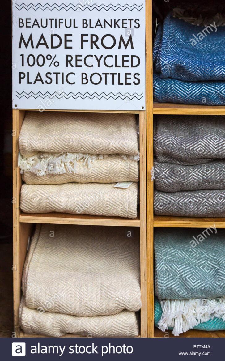 Medium Size of Schöne Decken Schne Aus 100 Recycelten Plastikflaschen Auf Den Markt Deckenlampe Wohnzimmer Bad Deckenleuchte Küche Badezimmer Betten Deckenleuchten Led Wohnzimmer Schöne Decken