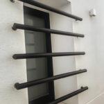 Fenstergitter Einbruchschutz Modern Wohnzimmer Fenstergitter Einbruchschutz Modern Archive Kellerfenster Sichern Bett Design Fenster Moderne Duschen Modernes Sofa Nachrüsten Tapete Küche Wohnzimmer Bilder