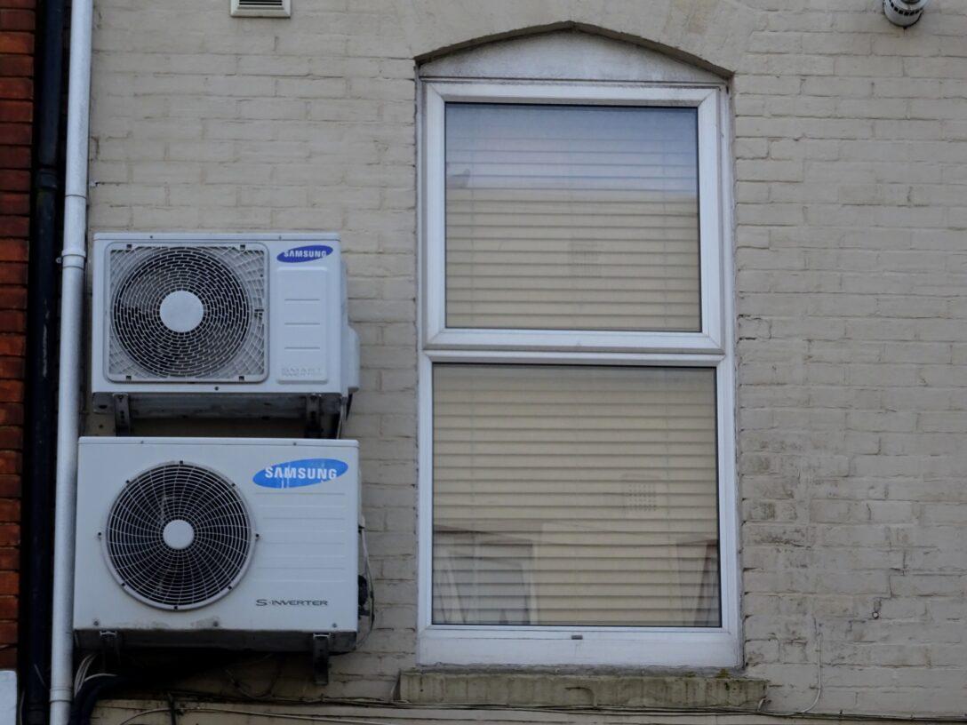 Large Size of Fenster Klimaanlage Schlauch Klimaanlagen Abdichten Adapter Einbauen Kaufen 120x120 Obi Veka Fliegengitter Für Landhaus Absturzsicherung Einbruchschutz Wohnzimmer Fenster Klimaanlage