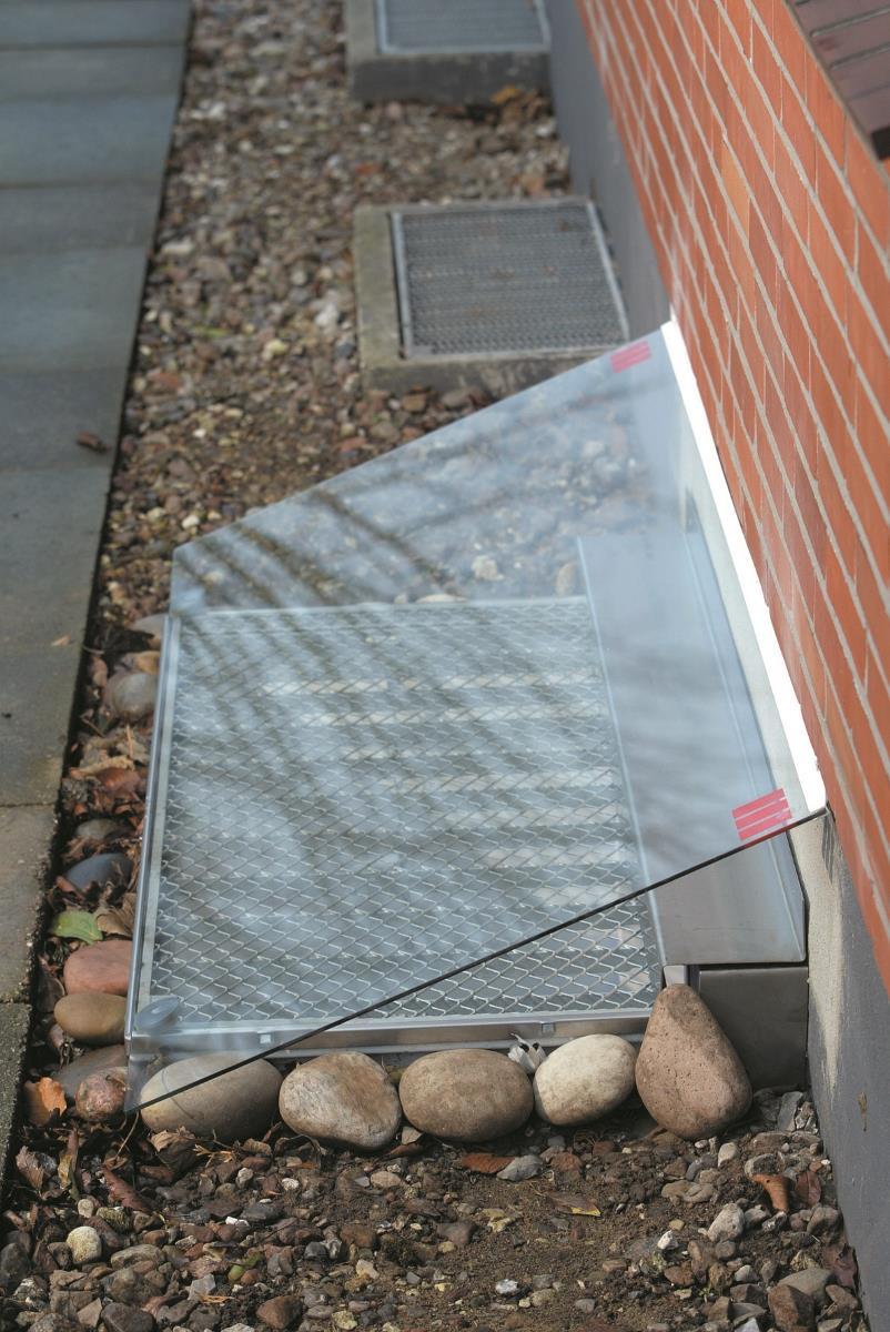 Full Size of Aco Kellerfenster Ersatzteile Therm Lichtschachtabdeckung Aus Esg Glas 480 950 Mm Fr Velux Fenster Wohnzimmer Aco Kellerfenster Ersatzteile