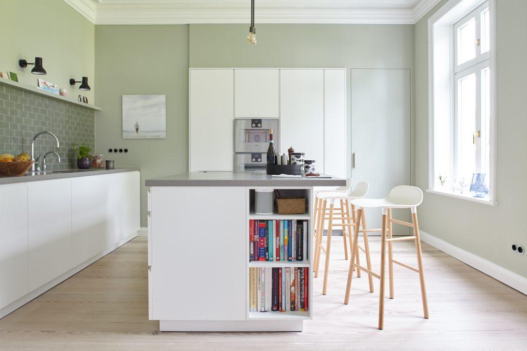 Full Size of Dunkle Kche Einrichten Lebensmittel Ikea Apothekerschrank Led Was Kostet Eine Neue Küche Weiß Hochglanz Billig Matt Granitplatten Nischenrückwand Wohnzimmer Ikea Küche Apothekerschrank