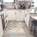 Vinylboden Kche Verlegen Erfahrungen Klick Grau Mini Salamander Küche Ohne Hängeschränke Gebrauchte Kaufen Ikea Miniküche Wandverkleidung Auf Raten Tapeten Wohnzimmer Vinylboden Küche Grau